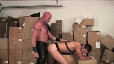 Kinky stud invites his lustful lover to fuck his needy ass doggy style