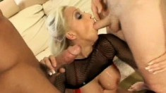 Blonde bimbo gets her ass plowed and her cunt stretched open