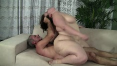 Chunky babe Cherie begs her lover to pound her pussy to completion