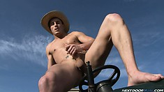 Tractor Pull by hat wearing horny mad man eager to fap in nature