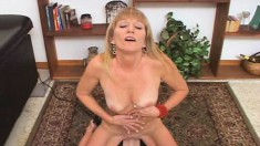 Stacked Blonde Cougar Dawn Jumps On Top Of The Sybian And Cums Hard
