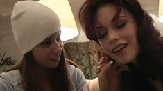 Young valley girls visit the big city and make a lesbian sex tape