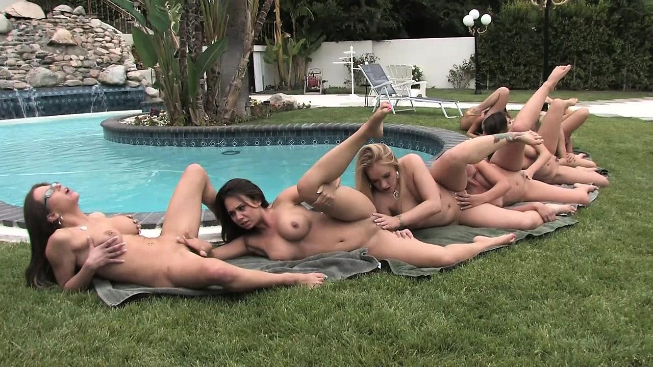 Lesbians dani daniels eva lovia eat ass after removing whi porn images