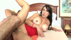 Hot MILF Amistosa goes in to show her big tits, blows and gets banged