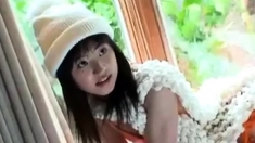 Cute asian Babe