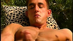 Muscle stud pleases his anal hole and strokes his big cock to orgasm